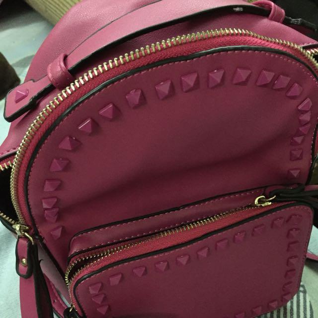 桃紅小背包