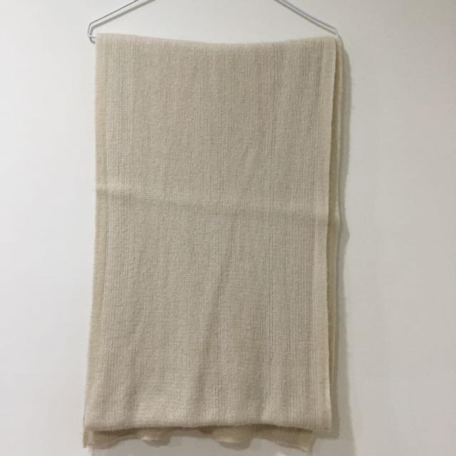 米白色圍巾