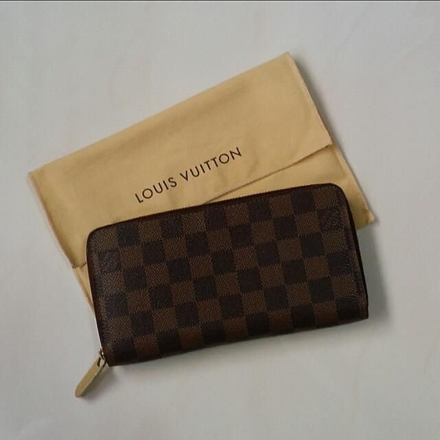 new products 41f98 27adc AUTHENTIC LV ZIPPY WALLET DAMIER (N60015)