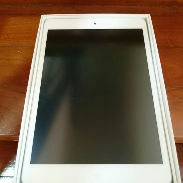 iPad Mini (1st GEN) 32GB WiFi (white)