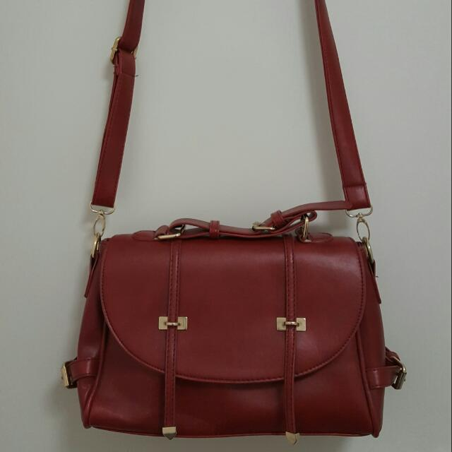 Red/maroon  Leather Shoulder Bag