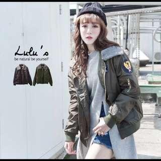 轉賣全新Lulus 可拆毛領防風外套 軍綠