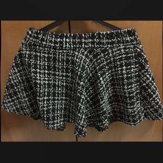 Monochrome Woven Skater Skirt - Price Reduced No Nego
