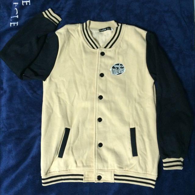 含運/棒球外套