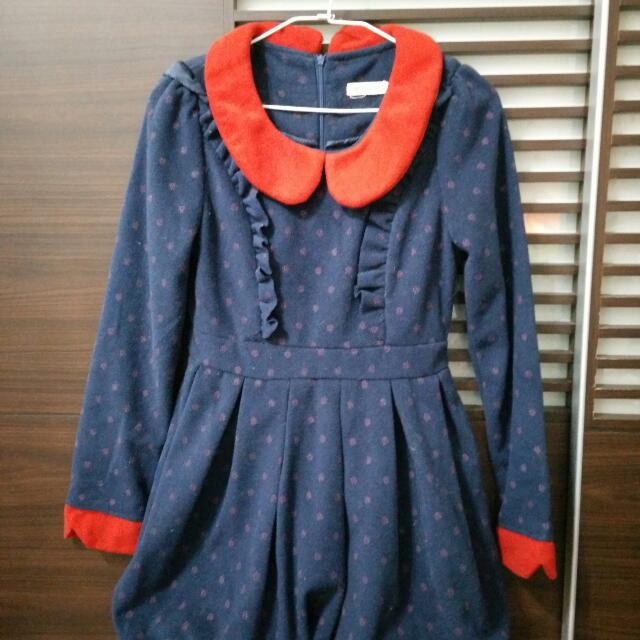 保藍色洋裝