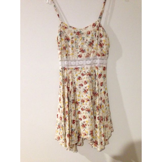 Floral Dress With Lace Strip