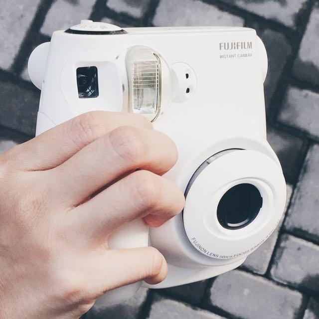 Kamera Polaroid Fujifilm 7s