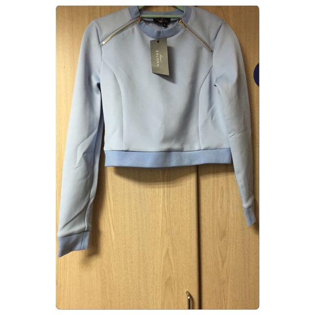 ✨Zalora 粉藍短版拉鍊上衣✨