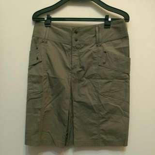 全新A&D軍綠色及膝裙