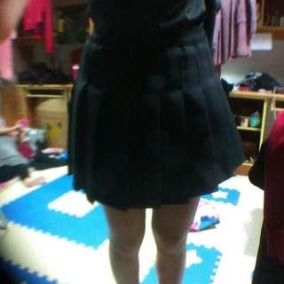 黑 短裙 百摺