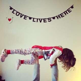 《接受客製化》歐美風格ins款進口PVC連排字母貼紙壁貼 寶寶房/居家裝飾背景牆