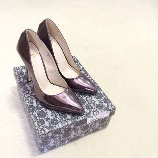 NLY SHOES SIZE 8