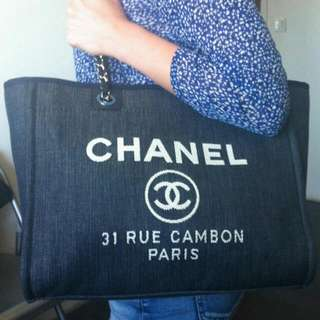 $2850 BN CHANEL DEAUVILLE DENIM SHOPPING TOTE BAG