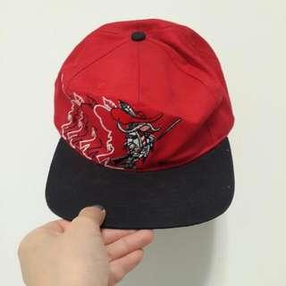 紅黑配色帽