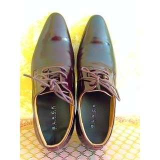 Black Hammer Shoe