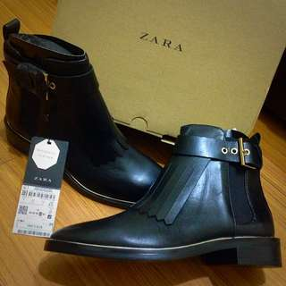 Zara 流蘇真皮短靴 New