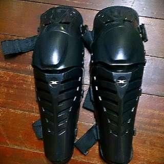 護膝 摩托車護具
