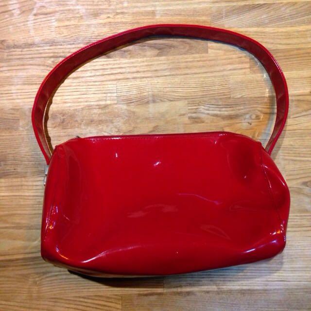 ♠️特價-紅漆皮金屬釦環包