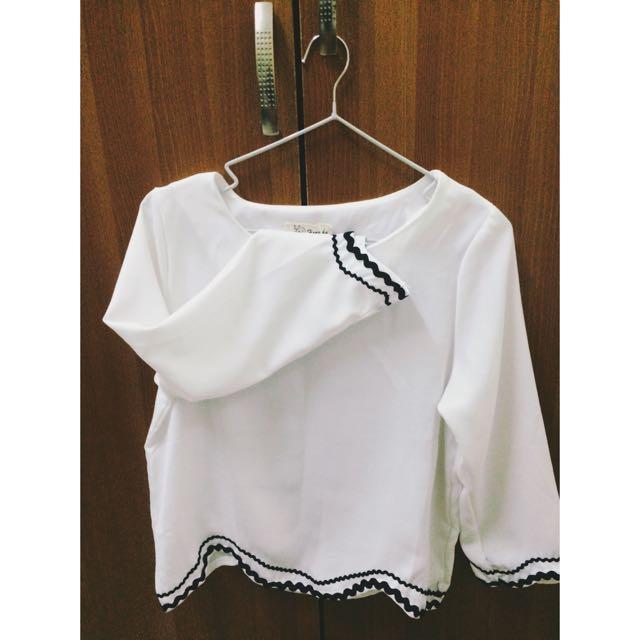 全新氣質白衣裳