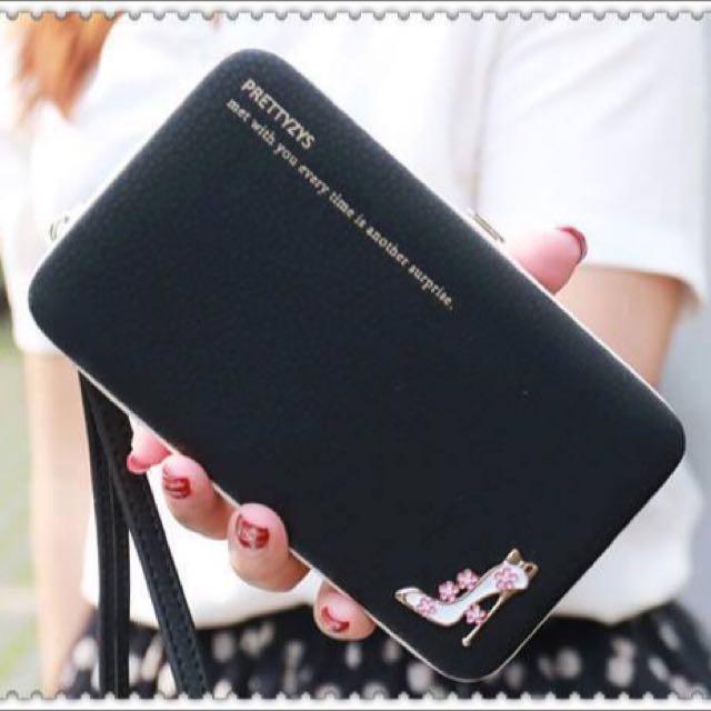 💢現貨黑色💢一個公主風手機保護套 還可以當長夾手拿包 (附手腕帶可拆)