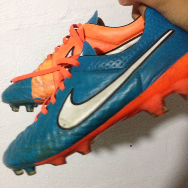 competitive price 20cd4 3863c Nike Tiempo Legend 5, Sports on Carousell
