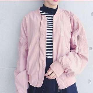 Per.嫩粉色 MA-1 飛行外套