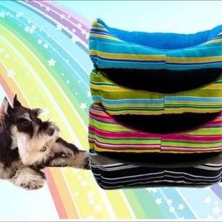 寵物用品 方形彩虹條紋防水牛津布冬夏二用狗窩/狗墊/貓墊/寵物床 M號