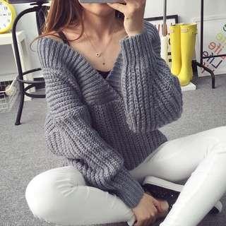 🌟全新🌟大V領設計寬袖毛衣