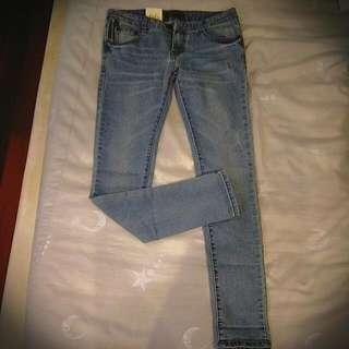 韓版修身牛仔褲