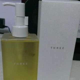(保留) Three 平衡潔膚油
