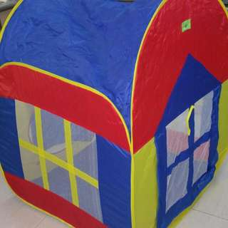 Foldable House Play Tent with Hundreds of Balls