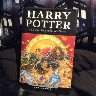 *FIRST EDITION HARDBACK* Harry Potter + the Deathly Hallows - J.K Rowling