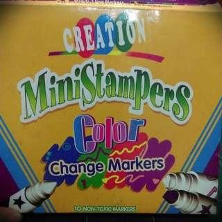 重疊會變色的彩繪玩具