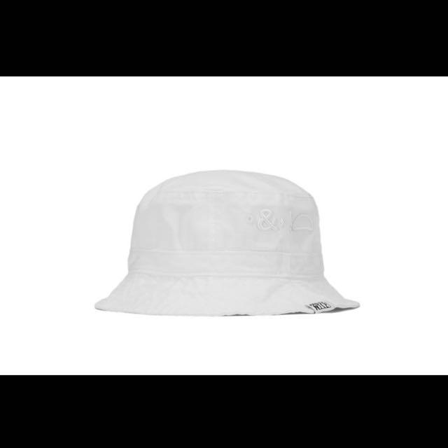 九成五新 Pretty Nice 白色漁夫帽