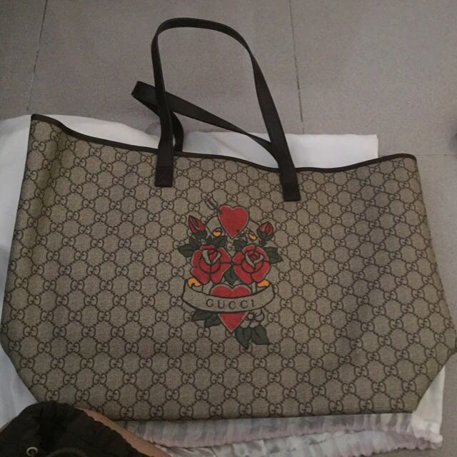 6bed683c59f Gucci Rose Tattoo Limited Edition Bag