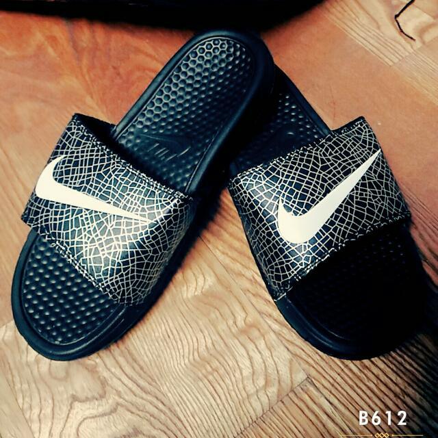 預購高仿Nike爆裂紋質感拖