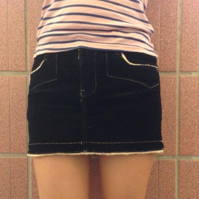 WBL黑色絨毛短裙