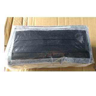 (預購)素面黑色口罩 一盒50入/$120
