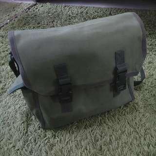Messenger Green Grass Bag