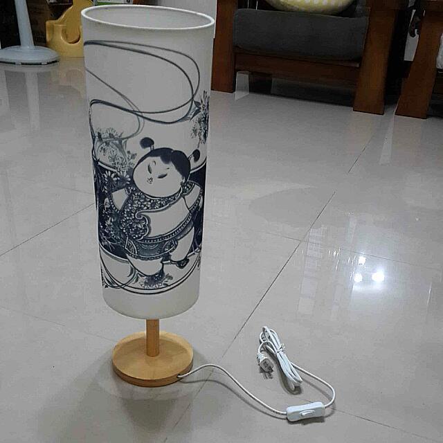 (全新)青花桌燈