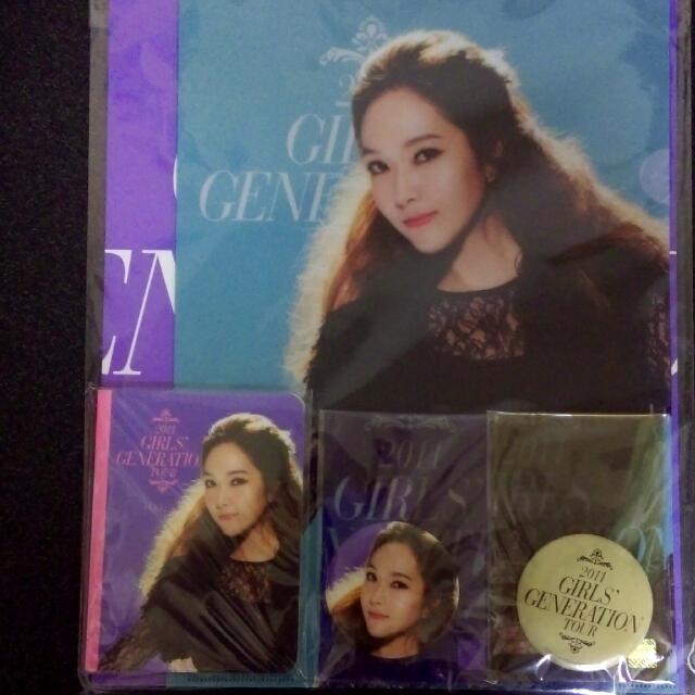 (已售出)少女時代 官方 二巡 Jessica 紀念組 資料夾 徽章