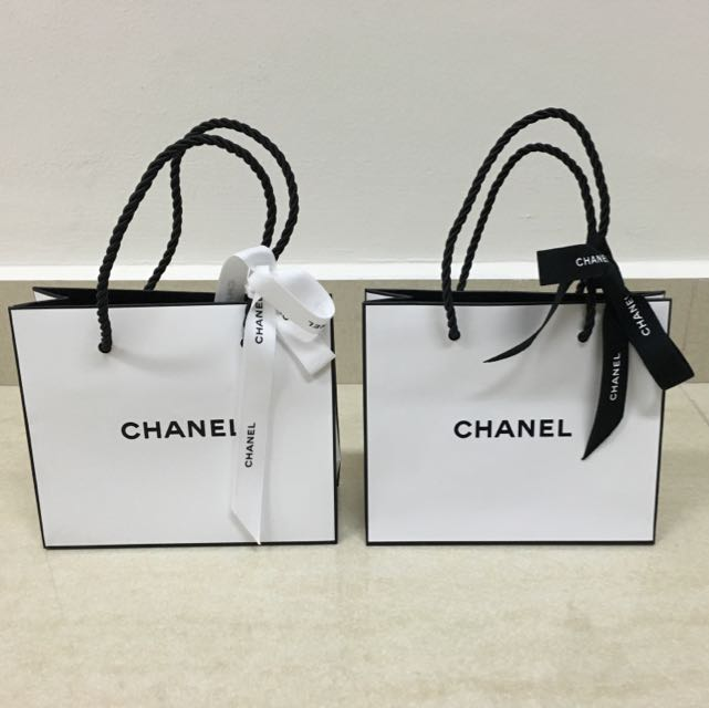 febc0795fbe5 Authentic Chanel Paper Bags ( Small & Medium), Luxury on Carousell