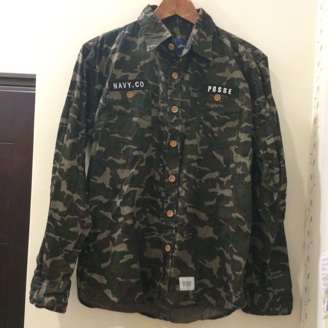 [二手衣]CACO迷彩軍風男生襯衫
