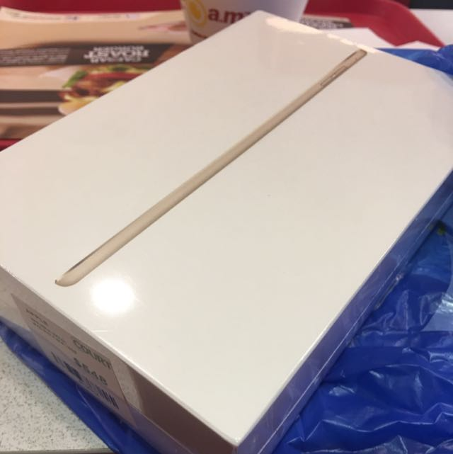 iPad Mini 4 - 16GB Gold WiFi