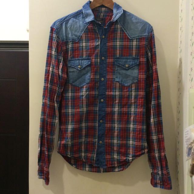 [二手衣]ZARA牛仔拼布仿舊設計男孩兒襯衫