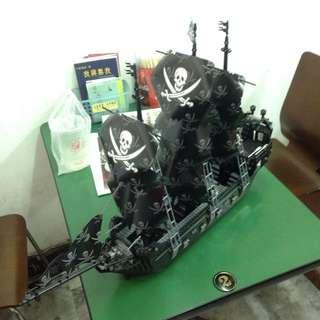 積木(海盜船)