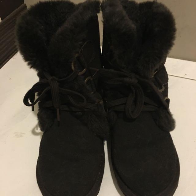 毛絨絨雪靴