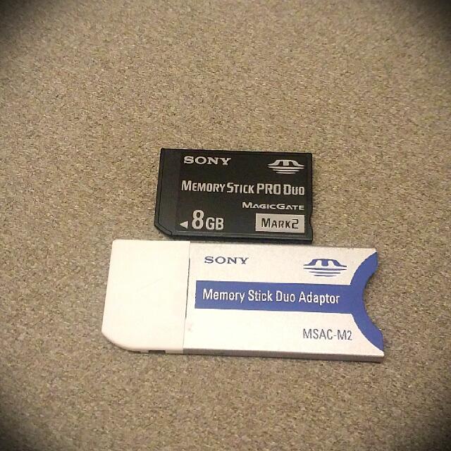 PSP 記憶卡 Sony 原廠 8G 二手