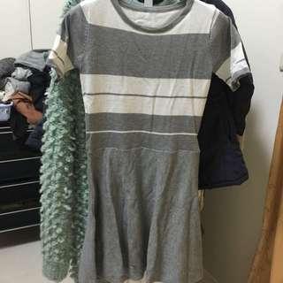 灰白針織傘狀洋裝