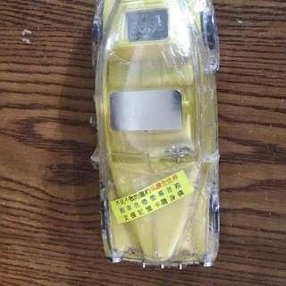 跑車造型mp3播放器